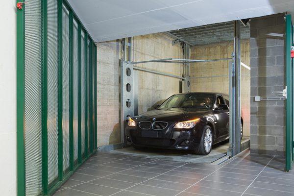 ip1 cm ff42 monte voitures avec toit t lescopique pavable. Black Bedroom Furniture Sets. Home Design Ideas